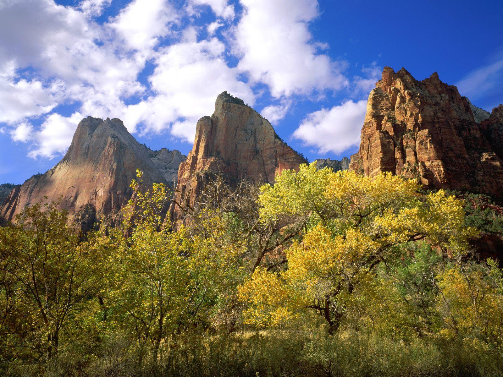 Sfondi di paesaggi sfondissimo sfondi screensaver gratis for Sfondi paesaggi bellissimi